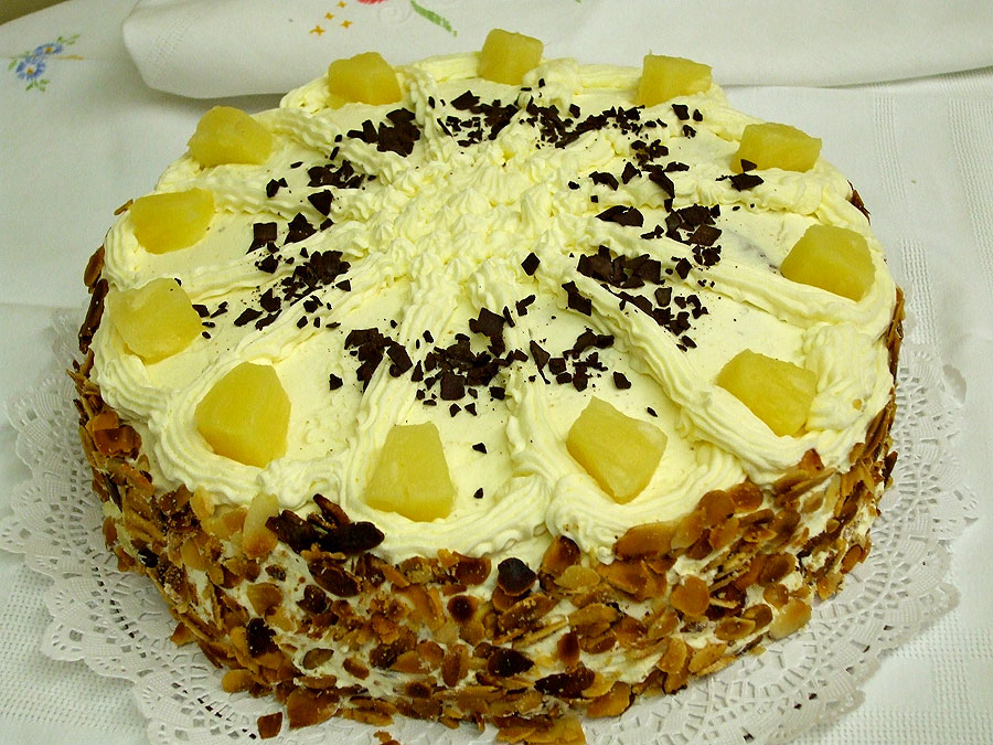 Pineapple Torte (12 servings)
